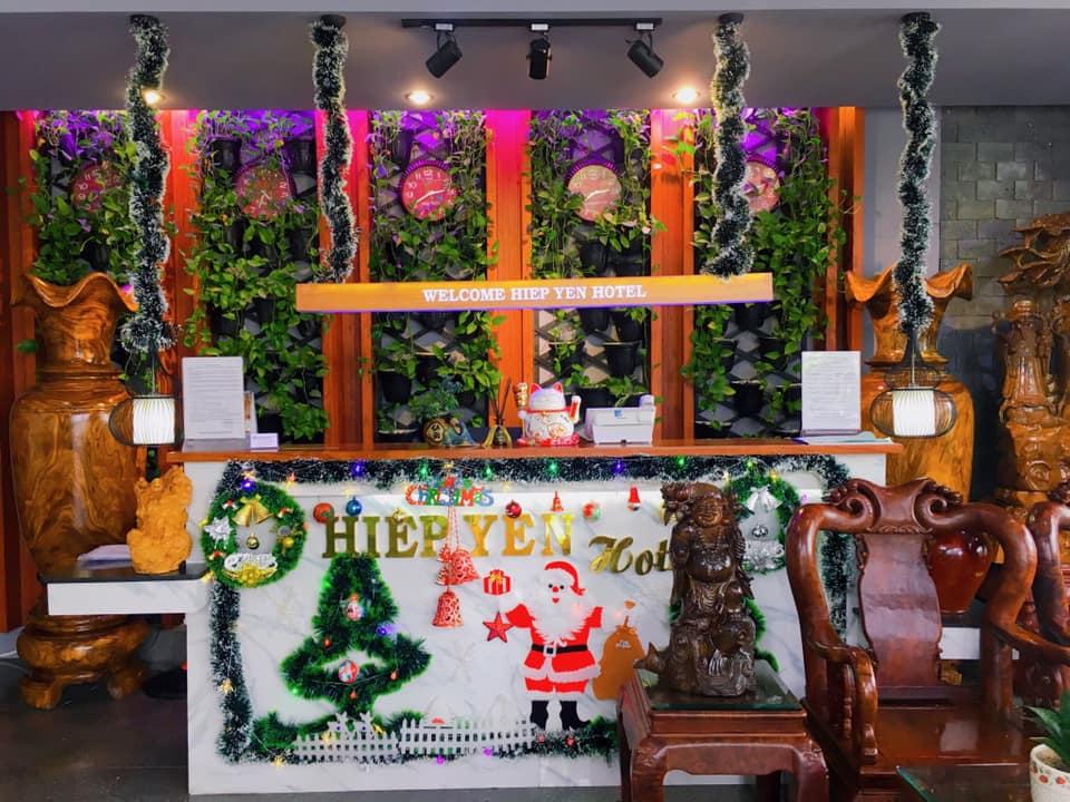 Không gian được trang trí theo chủ đề của các lễ hội lớn trong năm của team khách sạn Hiệp Yến Tuy Hòa