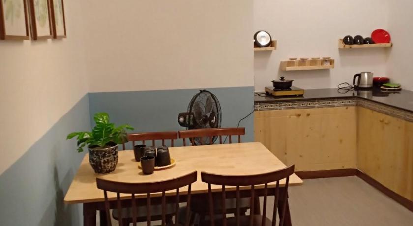 Phòng bếp chung tại căn hộ trực thuộc khách sạn Thanh Vân Tuy Hòa