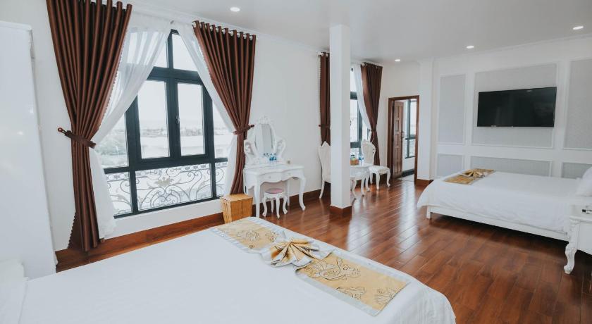 Phòng ngủ cổ điển tại khách sạn Star Tuy Hòa