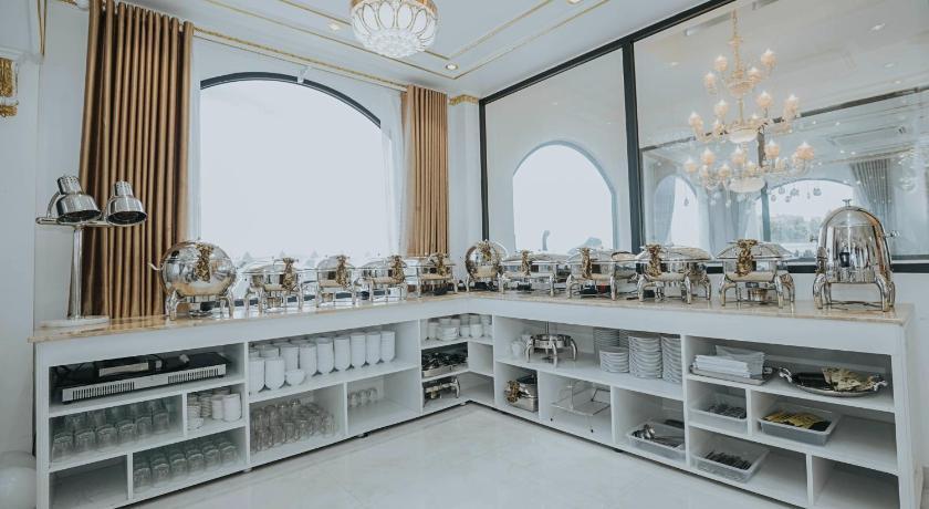 Không gian nhà hàng tại khách sạn Star Tuy Hòa