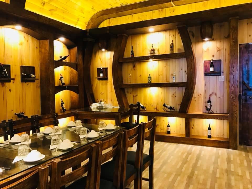 Hầm rượu tại Chúc Xíu - top quán hải sản ngon ở Phú Yên