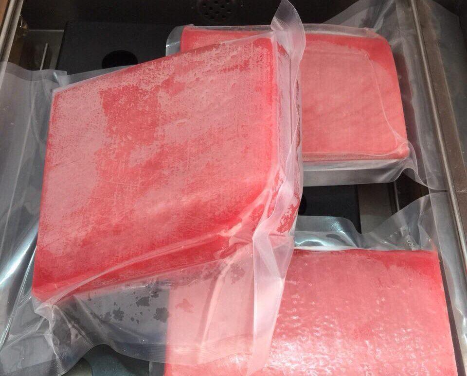 Cá ngừ tươi đóng gói tại đặc sản hòa yên phú yên