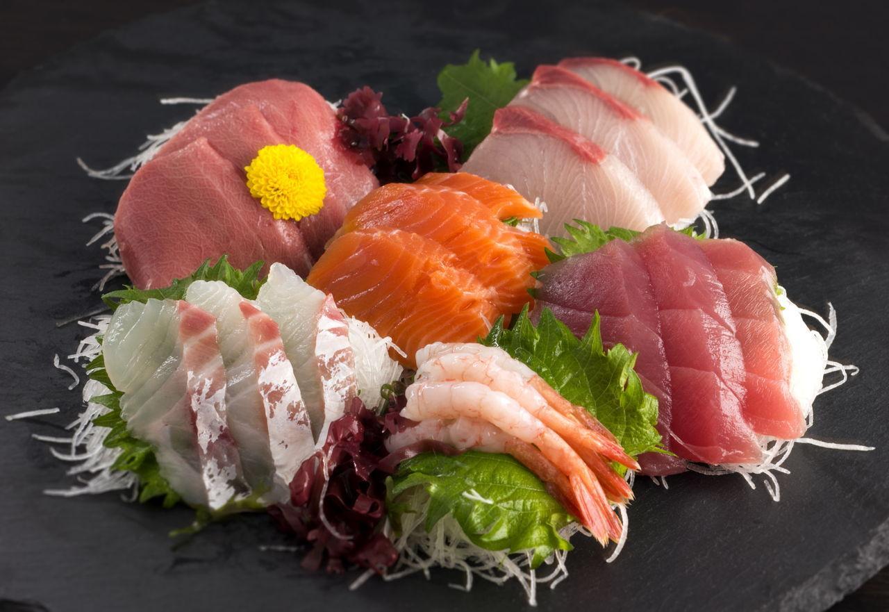 Các món ăn hấp dẫn từ nhiều nơi trên thế giới hội tụ tại nhà hàng Aroma Phú Yên