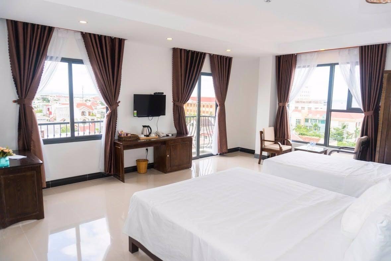 Không gian nhiều view ngắm cảnh tại khách sạn giá rẻ Phú Yên