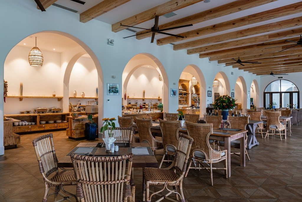 Không gian cực kỳ rộng rãi và thân thiện tại nhà hàng Aroma Phú Yên