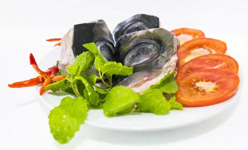 Cách nấu lẩu mắt cá ngừ đại dương là gì?